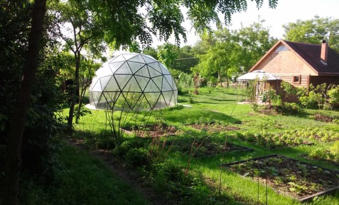The Sustainable Homes of the Future - Geodesic Domes