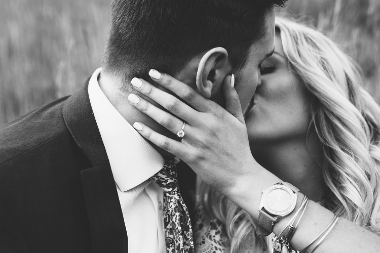 Luxury proposal planning and ring sourcing company launches, guaranteeing happy fiancés and engagements
