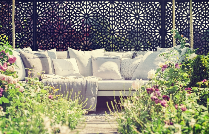 Beau Screen With Envy Launches First Of Its Kind High End Garden Décor Just In  Time For ...